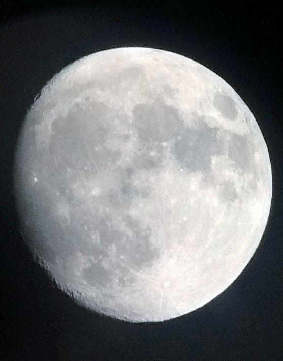 Super Moon Minus 1