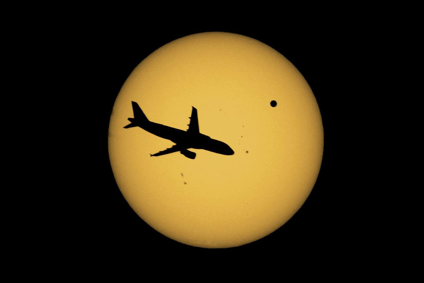 Flight to Venus