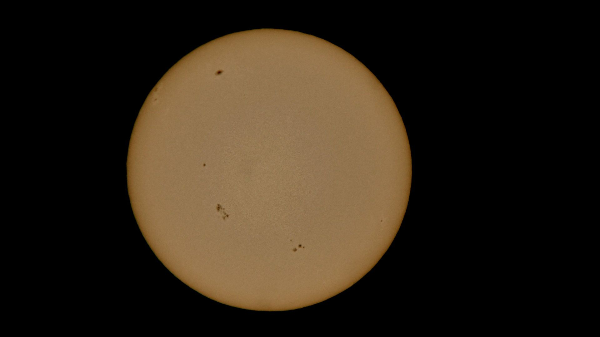 Sunspots 4-9-13 at Orion Store