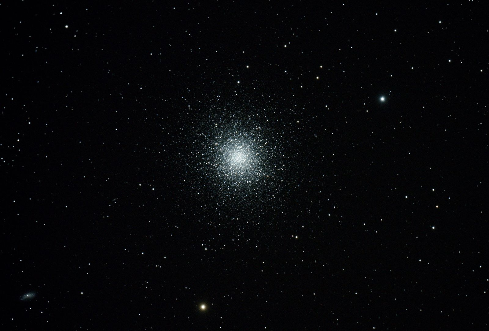 M13 - Globular Cluster in Hercules