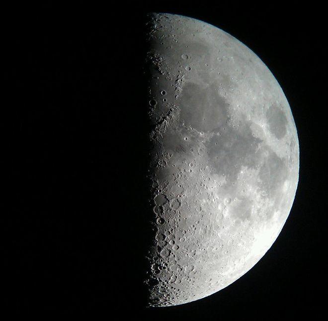 Half Moon, minus one day
